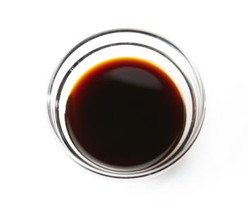 Soy_sauce_2